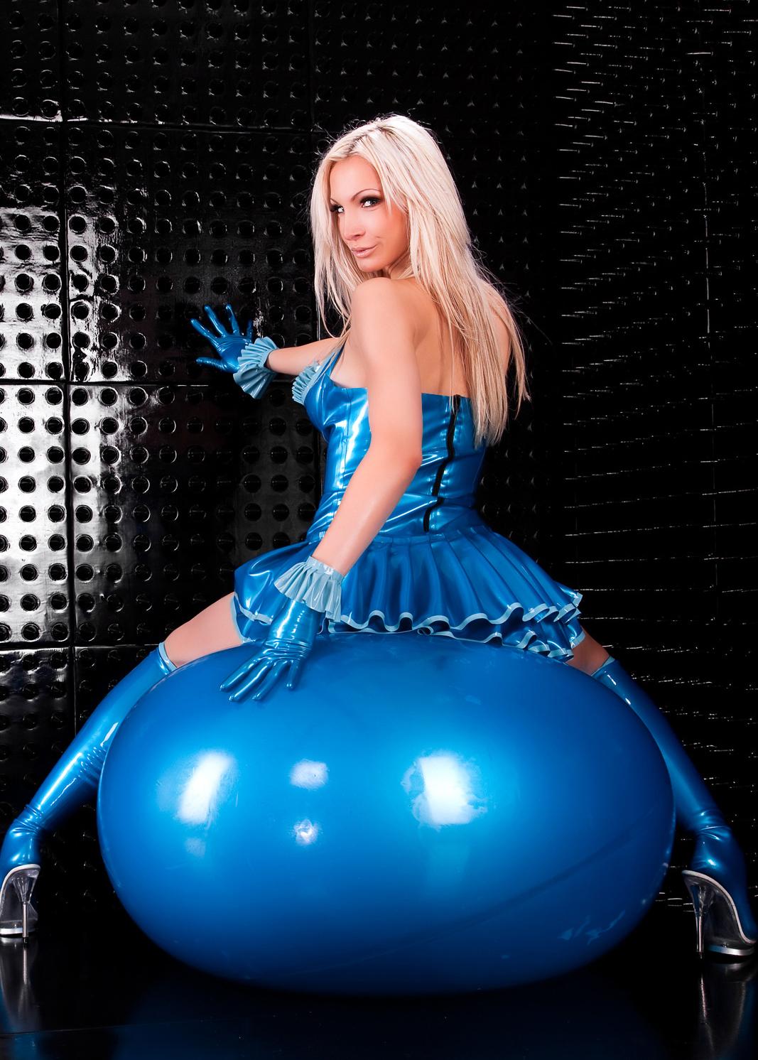 Latex Riesenballon, getaucht | SM-Möbel | Fetisch & SM
